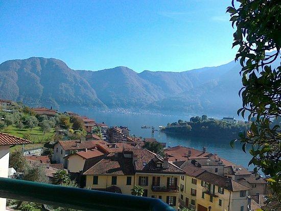 Ossuccio, Italy: Vista dalla terrazza
