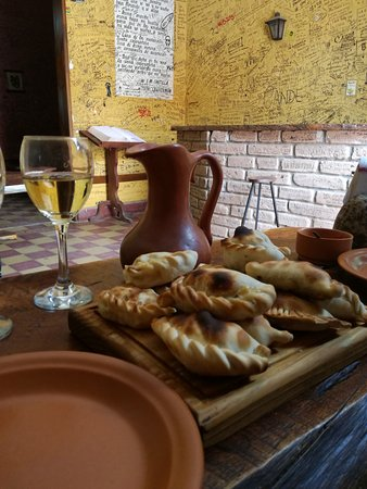 La Casa de las Empanadas Cafayate: IMG_20161101_135927_large.jpg