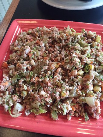 Spats Cafe & Speakeasy: Spats Chopped Salad