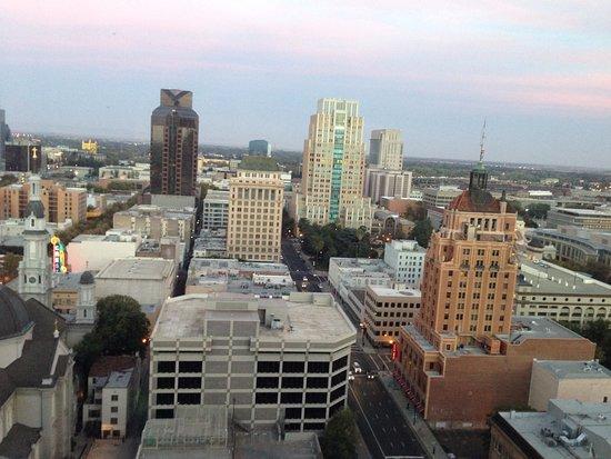Sheraton Grand Sacramento Hotel Photo