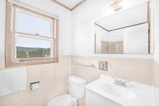 Pine Grove, Pensilvania: Bathroom
