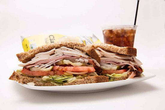 Port Angeles, WA: Turkey Club Sandwhich