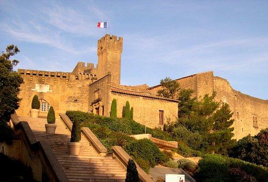 Campanile salon de provence prices hotel reviews - Location a salon de provence ...
