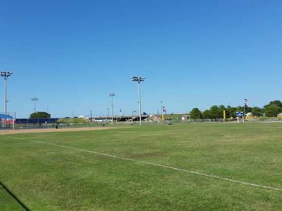 White Settlement, TX: ballfields