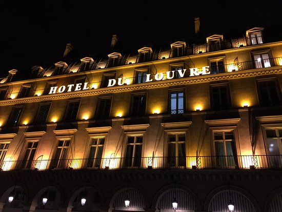 Hotel du Louvre: Night shot from the Place Andre Malraux