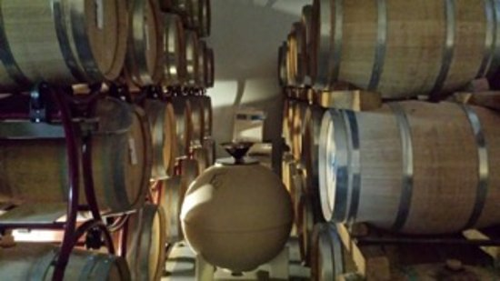 Pietraia, Italia: We learned the importance of clean, high quality barrels.