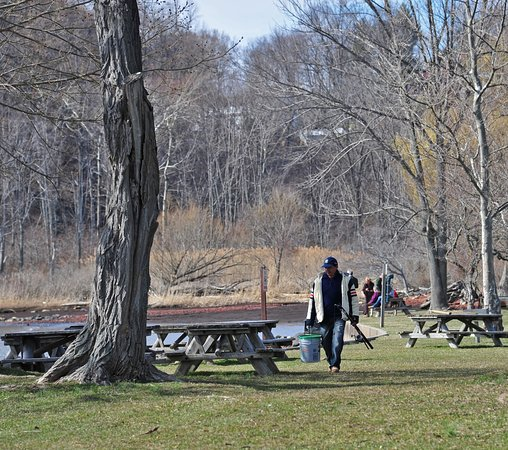 Montrose, Estado de Nueva York: Picnic tables