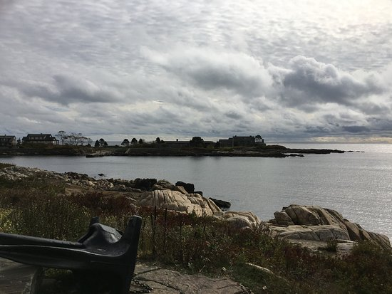 Kennebunkport, ME: Walkers Point from the street