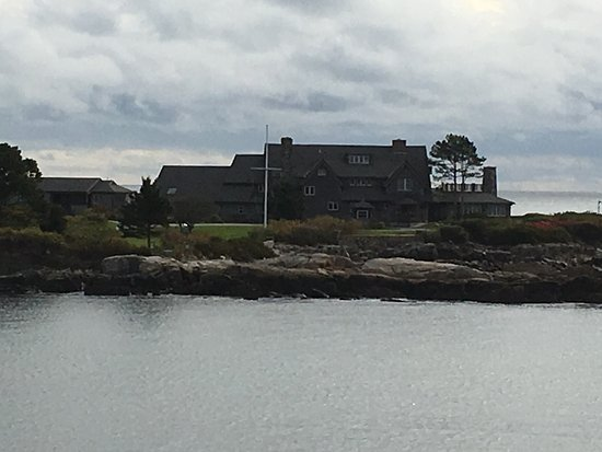 Kennebunkport, ME: Closer view of the former summer White House of the 41st President