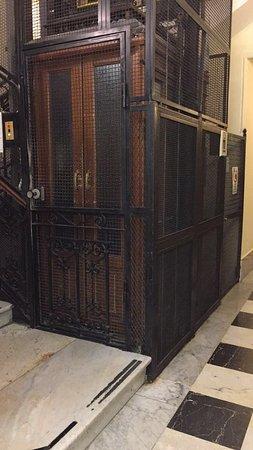 Hotel Hiberia: Gothic