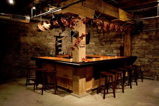 Malt House Cellar Bar - Picture of Moulin, Saint Louis - TripAdvisor