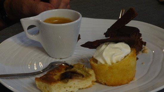 Lambersart, فرنسا: Le café est excellent!