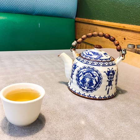 Silverdale, WA: Tea cup and Pot
