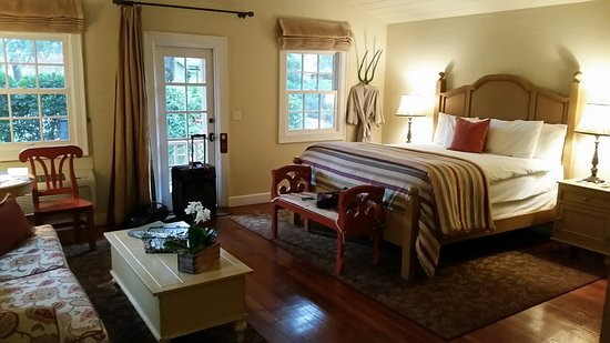 The Cottages of Napa Valley: Lots of room