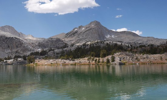 20 Lakes Basin Loop