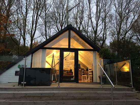 Forton, UK: The Minnows lodge