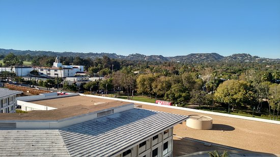 The Beverly Hilton: View from my balcony