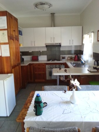 Oatlands, Australia: Full sized Kitchen