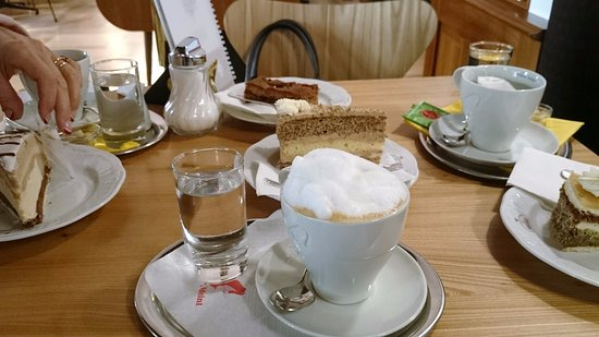Konditorei Ebner: кофе