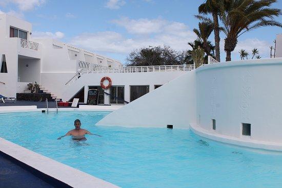 Las Terrazas Pool Bar
