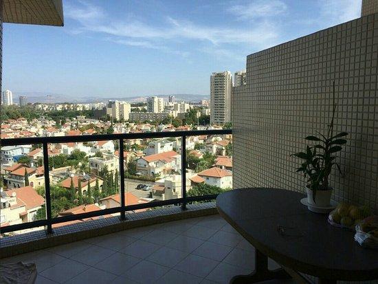 фото с балкона израиль старинный город