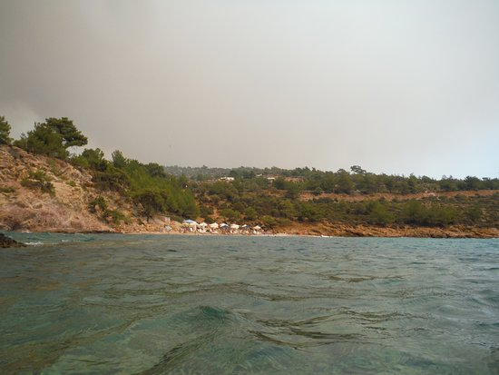 Rosogkremos Beach: Notos Beach, just east from Rosogremos Beach