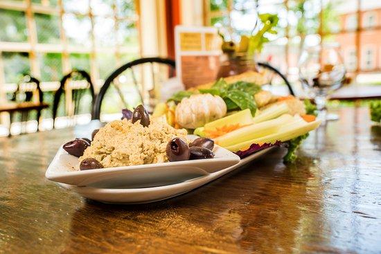 The Rainbow Restaurant Fort Collins Colorado Hummus Veggie Plate