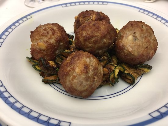 Grand Hotel Quisisana: Meatballs and Zucchini - amazing!