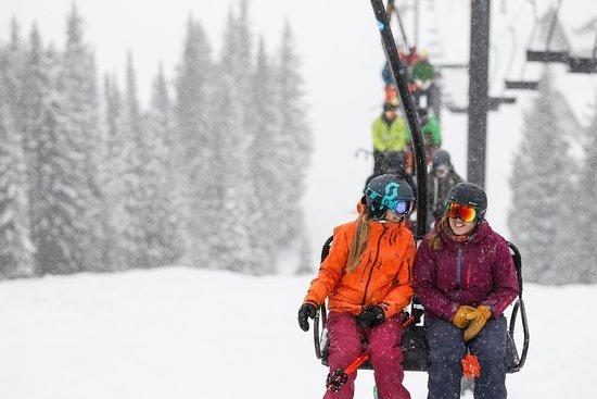 Alta Ski Area. Photo by Marc Piscotty/VisitUtah