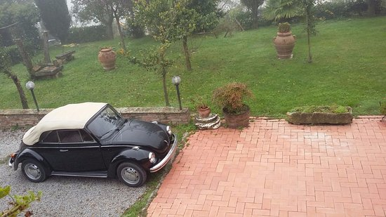 Montespertoli, Italia: Maggiolino d'epoca