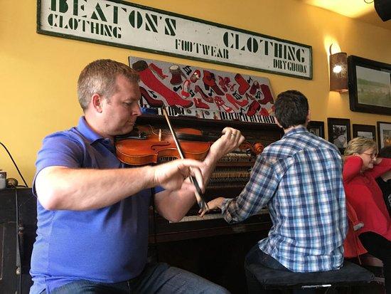 The Red Shoe Pub: Rodney MacDonald, ex-Premier of Nova Scotia, playing a set