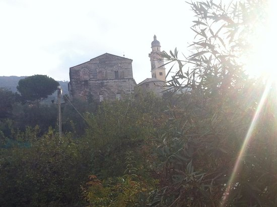 Cogorno, Italia: vista dal paese