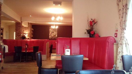 Denbigh, UK: Restaurant interior