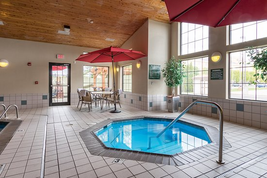 Hotels In Holland Mi With Jacuzzi In Room