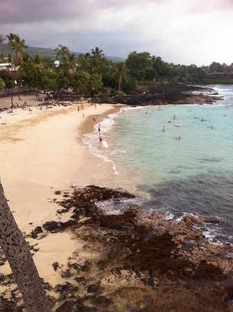 Kona Magic Sands: The beach right next to Magic Sands