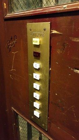 B&B Relais La Maison: Aufzug