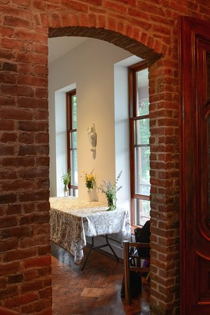 Haverstraw, NY: Hallway looking into Dining Room Photo:Nina Skowronski