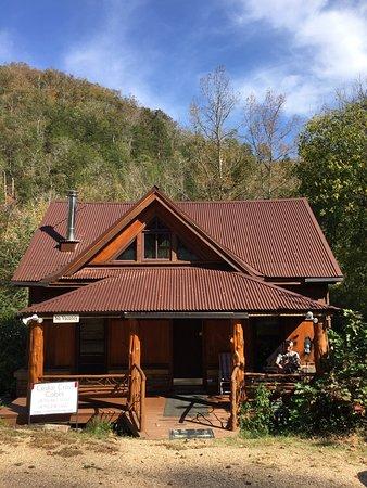 Cedar Crest Lodge & Cabin: photo0.jpg
