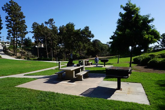 Dana Point, CA: Tables for Picnic