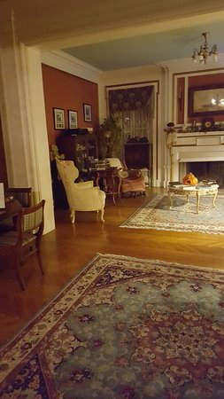 B.F. Hiestand House Bed & Breakfast: The downstairs parlor, a common room.