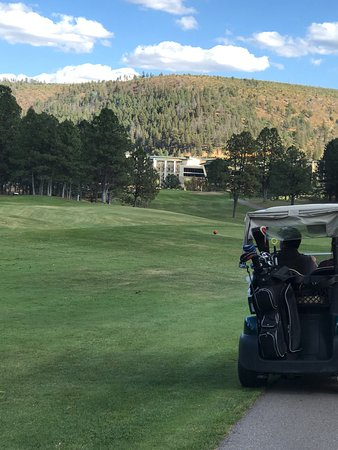 Inn of the Mountain Gods Resort & Casino: Finishing on the 18th...
