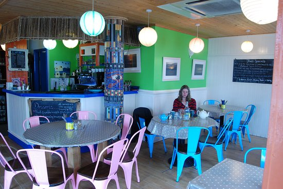 Joe's Cafe: Funky and relaxing place for lunch