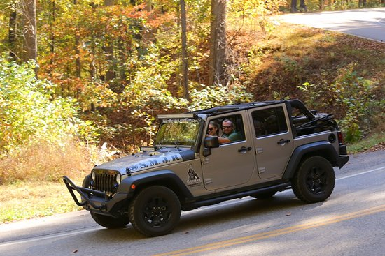 Jeep Wrangler Unlimited Wheels And Tires Fun - Picture of Smoky Mountain Jeep Rentals, Pigeon Forge ...