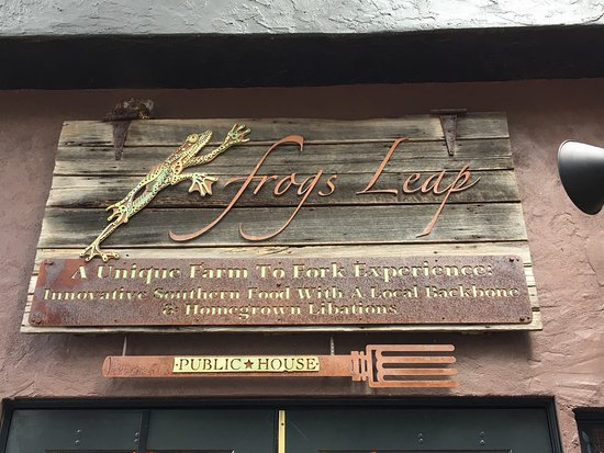 Frogs Leap Public House : Great local food