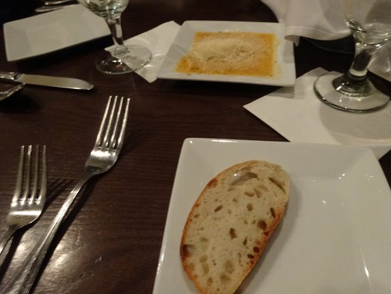 Laconia Local Eatery: bread with oil with parmesan