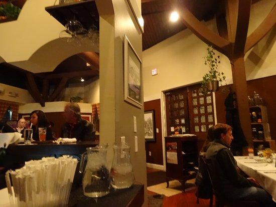 Laconia Local Eatery: restaurant interior