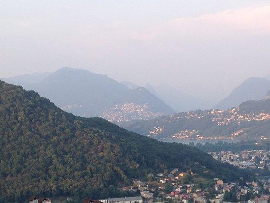 Viconago, Italy: Aussicht bei Sonnenuntergang