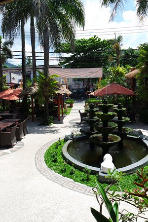 Taman Restaurant: View from insided