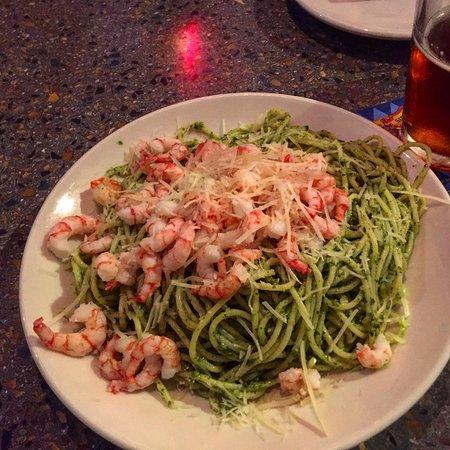 Casa Mia : Pesto Spagetti with Shrimp
