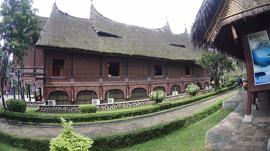 Rumah Adat Picture Of Beautiful Indonesia In Miniature Park